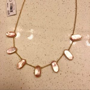 Kendra Scott Meadow Gold Necklace in Peach Pearl